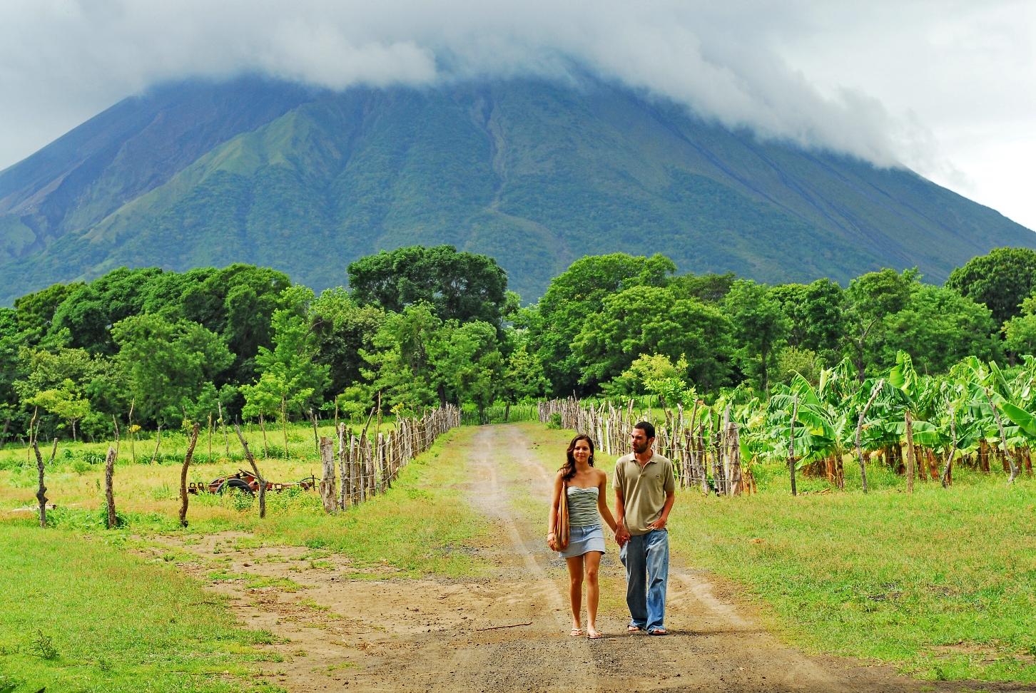 Ometepe family