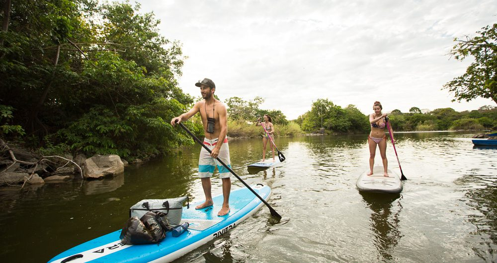 Living it up with the abosolutely amazing Gea & Scott from LIVIT WATER Paddle board tours!! : : Lago Nicaragua Islitas, Granada, Nicaragua